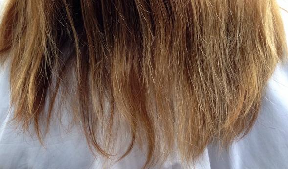 ヘアアイロンで傷んだ髪